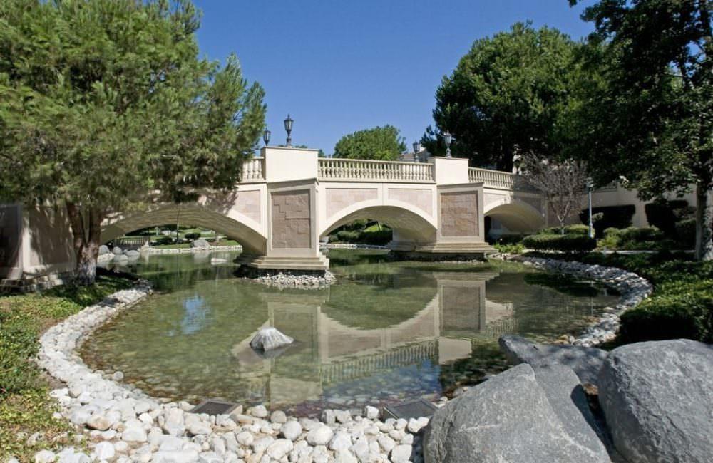 5242 Renaissance Ave, San Diego, CA 92122