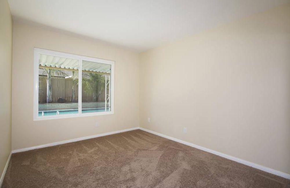 2120 Wilson Pl, Escondido, CA 92027