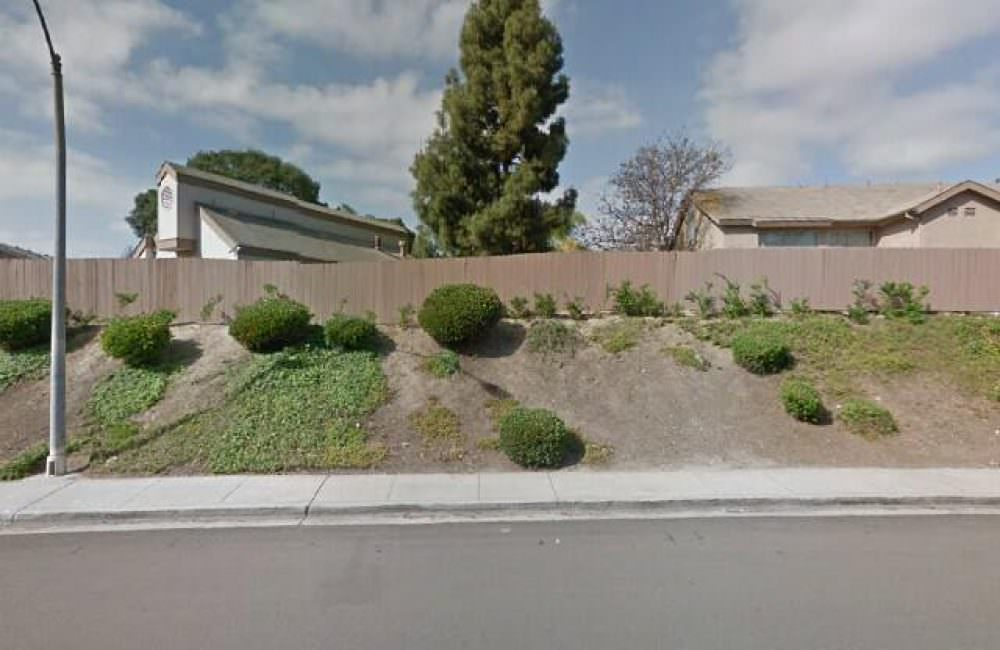 2724 Casey St San Diego, CA 92139