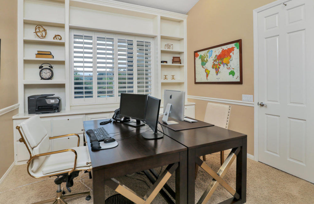 16085 Country Day Rd, Poway, CA 92064