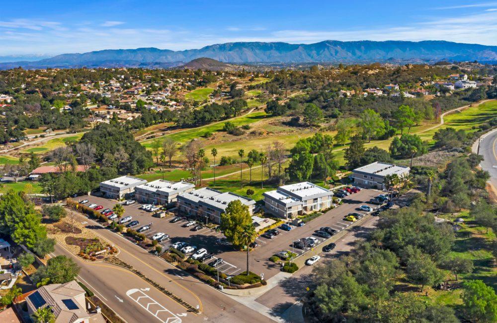 27725 Mountain Meadow #27 Escondido, CA 92026
