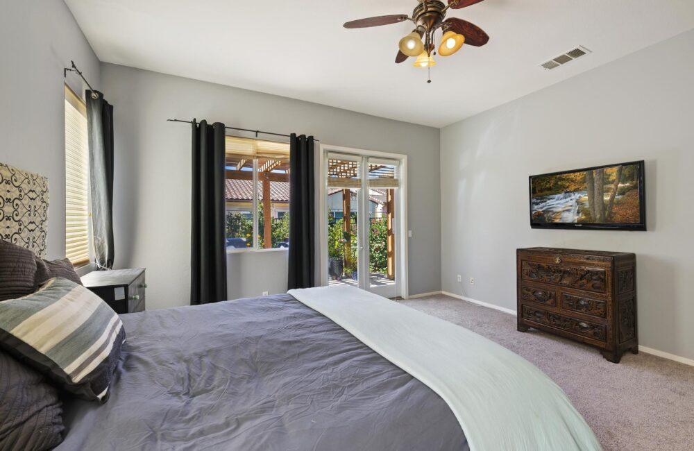 27083 Sunningdale Way, Valley Center, CA 92082